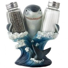 Decorative Great White Shark Glass Salt and Pepper Shaker Set with Holder Figurine for Beach Bar or Tropical Kitchen Decor Sculptures & Table Decorations As Gifts for Jaws and San Jose Sharks Fans: Kitchen & Dining Beach Table Settings, Kitsch, Best White Elephant Gifts, Tropical Kitchen, Shark Gifts, Kitchen Remodel Cost, Vases, Kitchen Decor Themes, Salt And Pepper Set