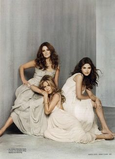 gorgeous women love the pic