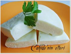 How to make Antep cheese at home? Allah, Butter Cheese, Easy Eat, Homemade Cheese, How To Make Cheese, Turkish Recipes, Food Preparation, Pistachio, Bon Appetit