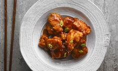 Poulet général sirop, general tso chicken with maple syrup Poulet General Tao, Asian Recipes, Ethnic Recipes, French Recipes, Boneless Chicken Breast, Tandoori Chicken, Tso Chicken, Asian Chicken, Weeknight Meals