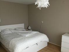 Slaapkamer met lichte elementen
