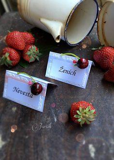 jarcik / Čerešňové menovky Folk, Wedding, Valentines Day Weddings, Popular, Forks, Weddings, Marriage, Chartreuse Wedding, Wedding Ceremonies