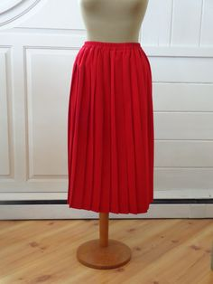 Red Pleated Midi high waist skirt Accordion A-line by BosVintage