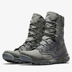 When you need a new boot wether switching to Nike or upgrading your originals, the Nike SFB GEN 2 will have you back and keep you going! Nike Boots Mens, Nike Sfb Boots, Mens Boot, Nike Men, Tactical Shoes, Tactical Wear, Tactical Clothing, Urbane Mode, Sneaker Boots