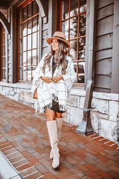 Outfits Otoño, Fashion Outfits, Fashion Trends, My Fashion, Boot Outfits, Fashion Design, Fashion Styles, Fall Winter Outfits, Autumn Winter Fashion