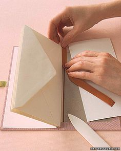 Books: Cloth Binding How-To Envelopes and book binding tape! A great way to create a book of letters!Envelopes and book binding tape! A great way to create a book of letters! Handmade Journals, Handmade Books, Handmade Crafts, Handmade Rugs, Handmade Notebook, Mini Albums, Book Crafts, Paper Crafts, Book Journal