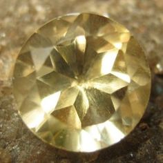Citrine Round Kuning Muda 1.50 carat