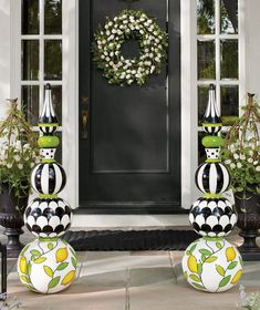 Put a fresh new face on your home with the look of professionally designed foliage that never needs watering, with our Tulip Urn Filler and Wreath. White Tulips, Pink Tulips, Mackenzie Childs Inspired, Mckenzie And Childs, Grandin Road, Topiary, Porch Decorating, Decorating Ideas, Yard Art