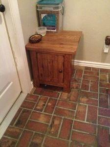 My Homemade Kitty Litter Box Hideaway! I Salvaged A $5 End Table From  Thrift Store, Distressed Painted It And Cut A Hole In The Back For The Cats  Tu2026