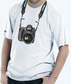 Camiseta estampada com a câmera Profissional Nikon D3x.