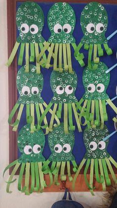 Crafts with children in summer - great ideas, simply implemented! * Mission mom - Make octupus Informations About Basteln mit Kindern im Sommer – tolle Ideen, einfach umgesetzt! Kids Crafts, Daycare Crafts, Classroom Crafts, Summer Crafts, Toddler Crafts, Arts And Crafts, Paper Crafts, Zoo Crafts, Crafts Cheap