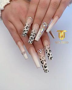 Bling Acrylic Nails, Best Acrylic Nails, Rhinestone Nails, Bling Nails, Swag Nails, Coffin Nails, Leopard Nail Designs, Leopard Nail Art, Leopard Print Nails