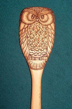 Owl wooden spoons, wood burned (set of – Wood Burning Pattern Wood Burning Crafts, Wood Burning Patterns, Wood Burning Art, Wood Crafts, Carved Spoons, Wooden Owl, Diy Inspiration, Wood Spoon, Wood Slices
