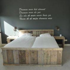 Tweepersoons bed STEIGERHOUT / bed / kast / sloophout /plank. gepind vanaf Marktplaats