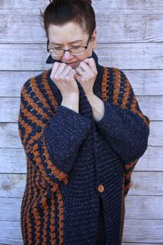 An easy crochet pattern made with a one-size approach. Easy enough for a beginner made in one piece. A wonderful addition to a wardrobe you won't want to take this comfy cardigan off!