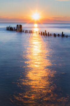 Sea reflection by Krzysztof Hanusiak