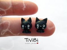 Jiji Kiki's Delivery Service Stud earrings Studio Ghibli fanart http://handcraftpinterest.blogspot.com/