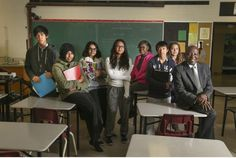 End streaming in schools, report to Toronto trustees recommends -- C.W. Jefferys Collegiate Institute in North York has had success with its destreaming pilot project.