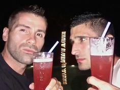 Singapore Sling heaven at Dorothy gay bar
