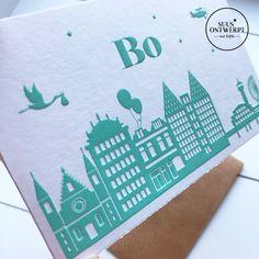 Een prachtig en uniek geboortekaartje met de skyline van Den Haag en Scheveningen helemaal naar wens te maken in letterpress of foliedruk. Mail al jullie wensen naar info@suusontwerpt.nl #suusontwerpt #geboortekaartje #letterpress #foliedruk #goudfolie #koperfolie #zwanger #zwangerschap #skyline #jongenskaartje #meisjeskaartje Skyline, The Hague