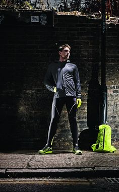 The North Face E-Tip reflective glove is a must-have for any runner this winter according to Men's Fitness. #thenorthface #running #pr