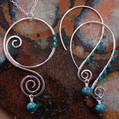 I LOVE wire and working with wire, I   really want to make my own 8 gage earrings since I just can't find any that I   like (or want to pay that much for!)