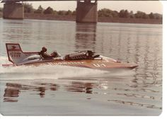 1978 Miss Bud Miss Budweiser idles to the pits, Columbia Cup Tri-Cities Kennewick classic unlimited class hydroplane hydroplanes hydro hydros racing boat boats