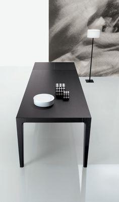 poliform desk design - Google Search Desk, Google Search, Wood, Table, Furniture, Home Decor, Stretch Fabric, Writing Table, Homemade Home Decor