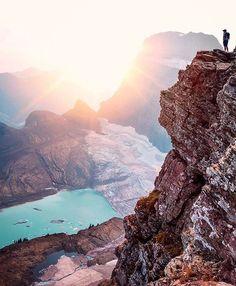 "Wilderness Culture on Instagram: ""Hiking Grinnell Glacier in Glacier National Park #Montana Photo: @brandonexplores #wildernessculture"""