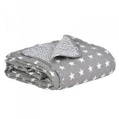 IB Laursen Quilt *New England* grau: Schlichter grauer Quilt im trendigen Sternchenmuster von der Firma IB Laursen. Die Decke ist beidseitig verwendbar, eine Seite ...