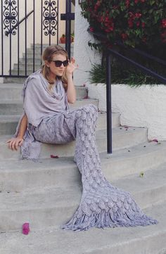 Elegant Silver Knit Mermaid Tail Blanket for Women Climb inside this fabulous mermaid blanket tail just like a sleeping bag and chill in style! This blanket is Knitted Mermaid Tail Blanket, Mermaid Blankets, Mermaid Tails, Baby Mermaid, Glamour, Lounge Wear, Knitting Patterns, Sequins, Elegant