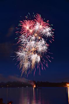 Here is my latest blog http://margsphotography.com/fireworks-of-art/  #fireworks