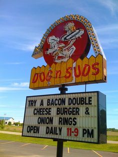 Dog n Suds, Richmond, Il Cheese Burger Onion Rings, Shots, Sign, Places, Signs, Board, Lugares