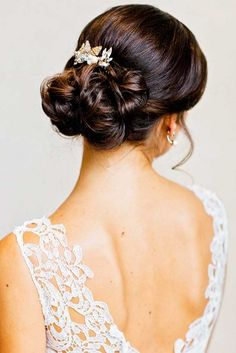 wedding updos hairstyles via amy arrington photography / http://www.himisspuff.com/beautiful-wedding-updo-hairstyles/16/