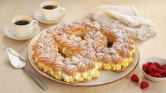 Recipe Boards, Eclairs, Bagel, Doughnut, Eat Cake, Cake Recipes, Goodies, Food And Drink, Bread