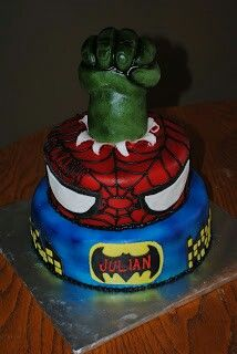 hulk,spiderman,batman cake