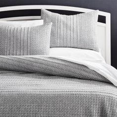 Doret Grey Jersey Quilt Full/Queen at Crate and Barrel Canada. Discover unique furniture and decor from across the globe to create a look you love. Best Bedding Sets, Bedding Sets Online, King Bedding Sets, Luxury Bedding Sets, Grey Bedding, Linen Bedding, Bed Linens, Modern Bedding, Grey Pillows