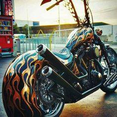 Harley Davidson News – Harley Davidson Bike Pics Custom Paint Motorcycle, Motorcycle Style, Motorcycle Vest, Motorcycle Garage, Harley Davison, Custom Street Bikes, Custom Bikes, Custom Harleys, Hd Fatboy