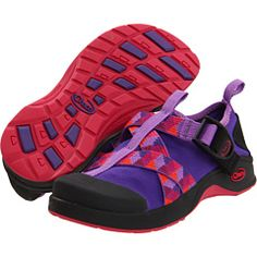 Would love these Chacos for my 5 year old!