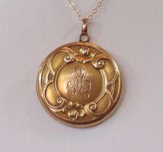 10K Gold Vintage Victorian Locket Pendant by MagpieVintageJewelry