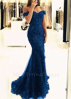 Elegant Pearl Beaded Lace Mermaid Evening Dresses Off The Shoulder Prom Gowns Schulterfrei Lace Mermaid Prom Dresses 2019 Elegante Abendkleider – alinanova Mermaid Prom Dresses Lace, Royal Blue Prom Dresses, Lace Evening Dresses, Sexy Dresses, Lace Dress, Bridesmaid Dresses, Lace Mermaid, Party Dresses, Prom Gowns