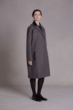 The Row Pre-Fall 2014 Collection Slideshow on Style.com