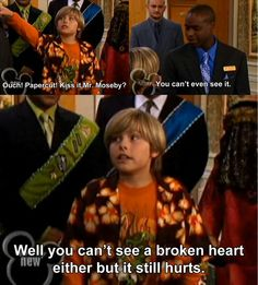 Suite Life, words of wisdom miss this show so much. They should put the old stuff back on Disney instead of this new stuff>>>>> I agree! I'd actually watch Disney if they still had the old shows. Zack Et Cody, Zack And Cody Funny, Old Disney Shows, Sprouse Bros, Dylan Sprouse, Old Disney Channel, Suite Life, Tv Quotes, Movie Quotes