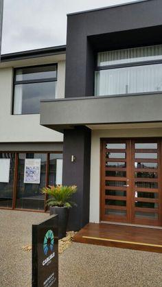 Dark grey, light grey, light render with black frames Beige House Exterior, Stone Exterior Houses, House Exterior Color Schemes, Exterior Paint Colors For House, Modern Exterior, Exterior Design, Brick Facade, Facade House, Grey Stone House