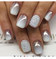 Perfect nails for New Year's Eve! Classy yet sassy. #holidaynails #newyearseve #ellablissbeautybar