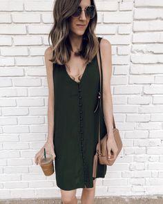 IG- @sunsetsandstilettos- #casual #outfit #inspiration #summer #dresses