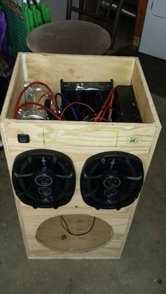 Post with 71 votes and 75903 views. Tagged with , Creativity; Shared by DIY Portable Stereo Diy Subwoofer, Subwoofer Box Design, Speaker Box Design, Diy Bluetooth Speaker, Diy Speakers, Woodworking Projects Diy, Diy Projects, Radios, Diy Boombox