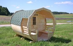 Being specialists in the field, we offer high quality outdoor barrel saunas, partly handmade using best timber and other materials. They are easy to prepare, durable and very affordable, what makes them easy to sell product. Sauna House, Barrel Sauna, Easy Woodworking Ideas, Saunas, Baths, Woods, Things To Sell, Handmade, Outdoor