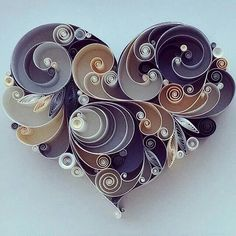 ru / Photo # 7 - For inspiration - Quilling Paper Crafts Quilled Paper Art, Paper Quilling Designs, Quilling Paper Craft, Diy Paper, Paper Crafts, Arte Quilling, Diy And Crafts, Arts And Crafts, Quilled Creations