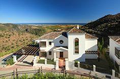 Luxury Villa for Sale in Benahavis, Costa del Sol